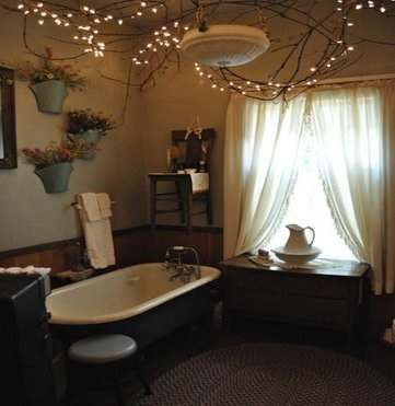 Fairy Lights in Bathroom